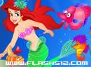 海洋中的红发美人鱼