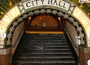 逃离城市地下车站