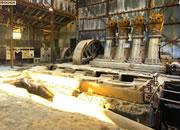 逃离废弃工厂