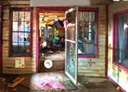逃离废弃的玩具店工厂