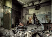 Abandoned Factory Escape 9