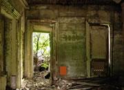 Old Desolate House Escape
