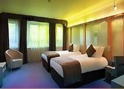 Lavish Golden Room Escape
