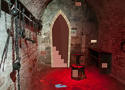 Castle Dungeon Room Escape
