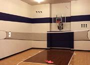 室内篮球场逃脱
